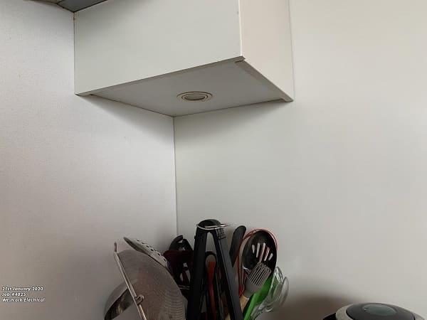 Under cabinet LED lighting 5